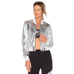 Alo Yoga OFF-DUTY BOMBER JACKET M